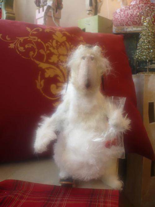 Бяла мечка - Pretty tings